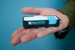 Oxford-Nanopore-MinION