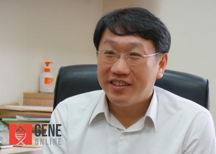榮陽基因體研究中心 楊慕華主任