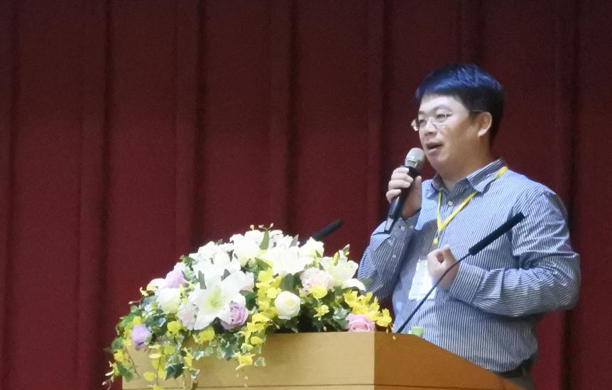 台灣生物資訊與系統生物學會 黃憲達理事長