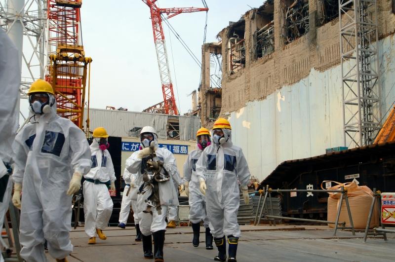 日本福島核災後廠內與周邊區域仍有高輻射量。來源:https://www.flickr.com/photos/iaea_imagebank/8657963646/