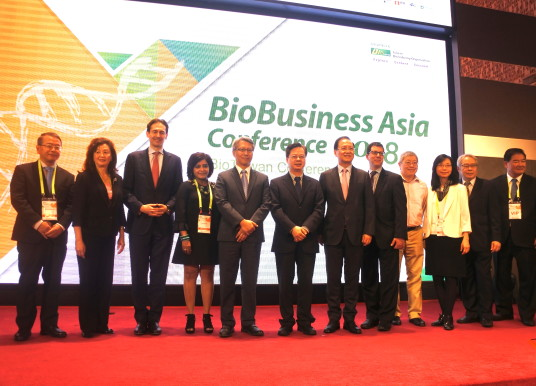 【BioTaiwan直擊】2018台灣生技月盛大登場 如何看待GMO、如何接軌全球為熱門議題!